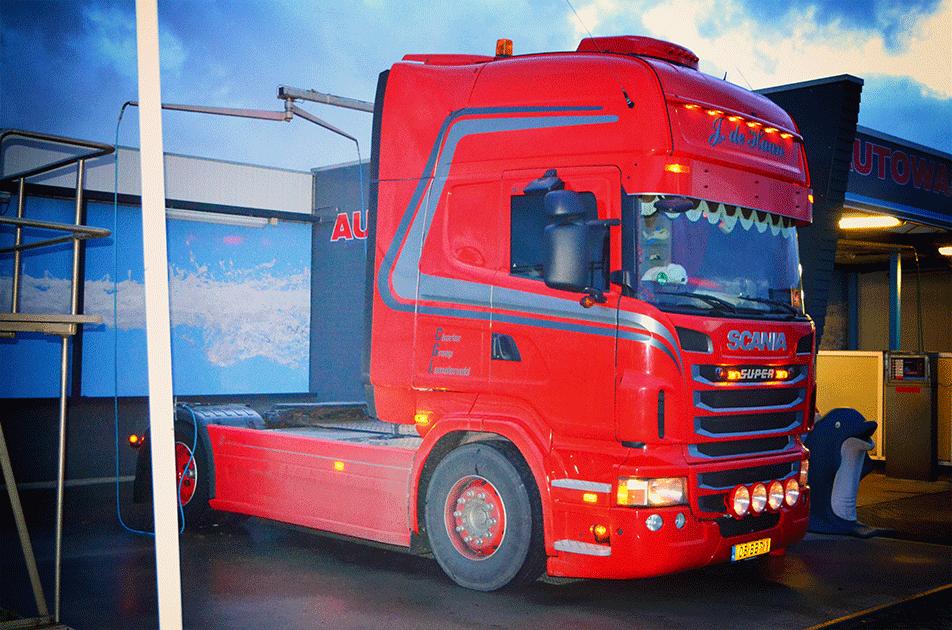 Vrachtwagen wassen Franeker